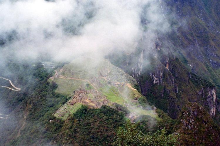 P visto do alto do Wayna Picchu