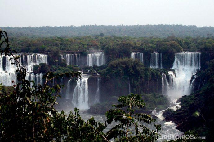 Cataratas vistas do lado brasileiro. Foz Radical