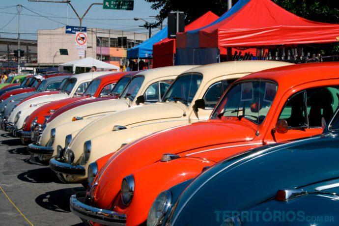 Feira de carros antigos