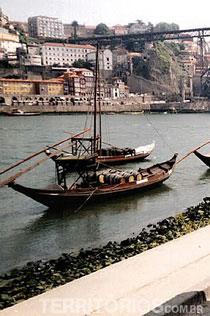Barcos na Cidade do Porto