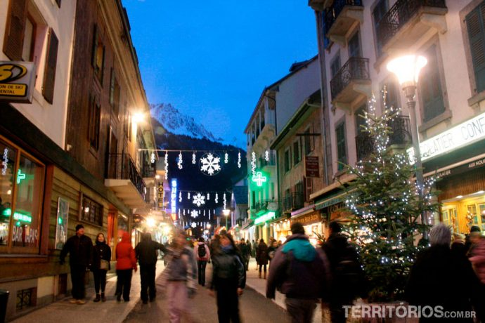 Ruas de Chamonix enfeitadas
