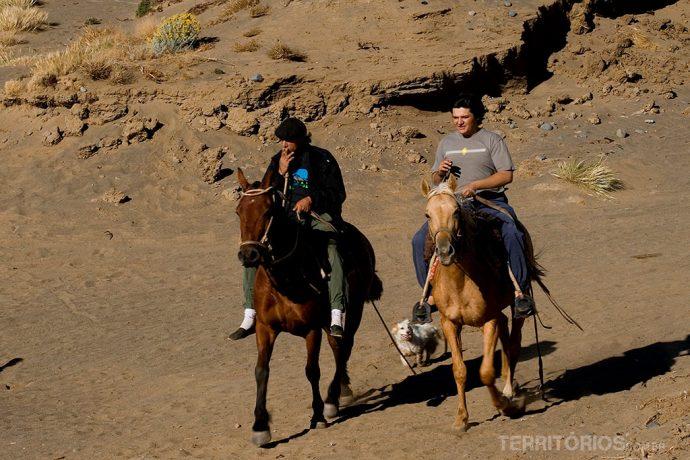 Passeio a cavalo no lago Argentino