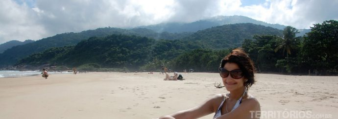 Na praia de Lopes Mendes