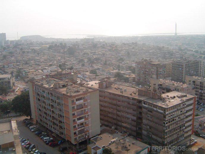 Vista aérea de Luanda