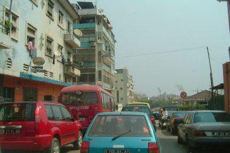Trânsito em Luanda