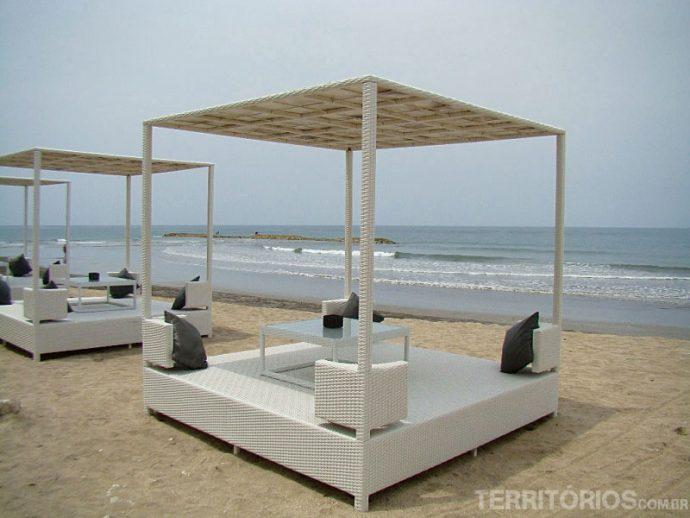 Um hotel na beira da praia em Kuta