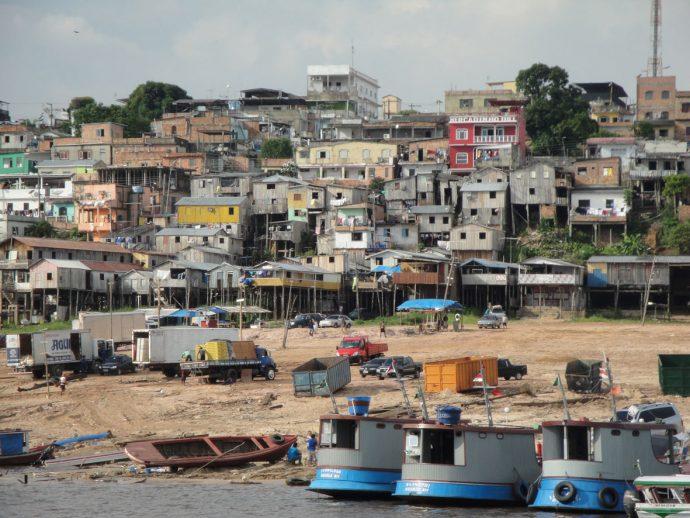 Orla de Manaus, a Mumbai brasileira