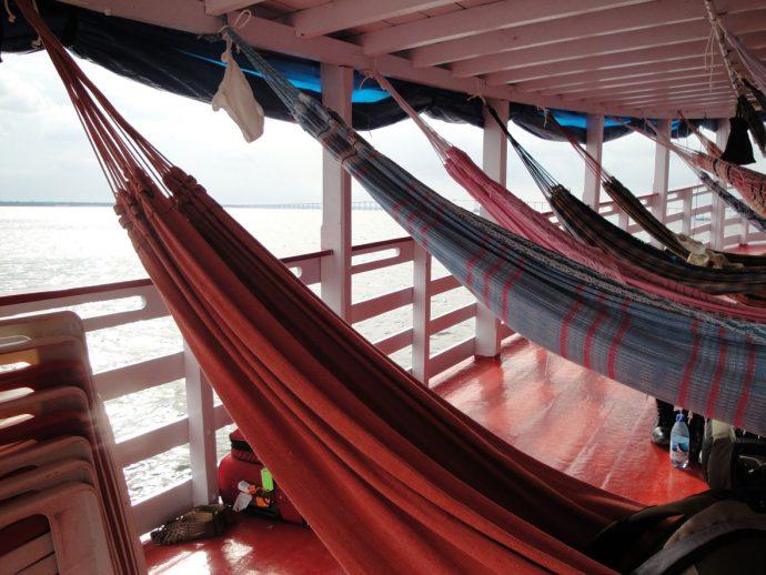 Nosso barco, nossa casa amazônica