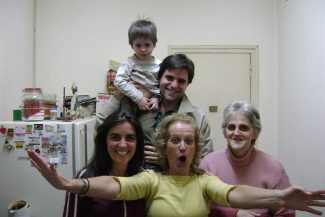 Com familiares