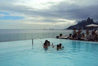A inacreditável piscina do Fasano