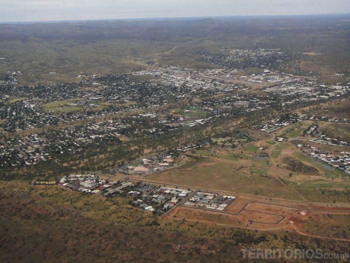 Vista áerea de Alice Springs