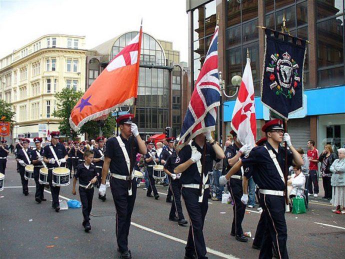 Desfile do 12 de julho em Belfast (copyright Michaël Adam)