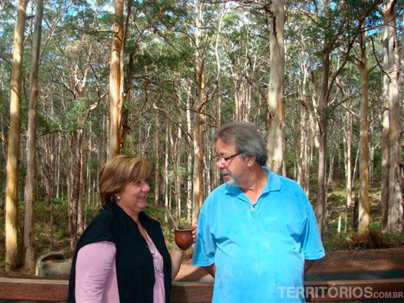 Clarice e Jair trouxeram a erva mate do Brasil