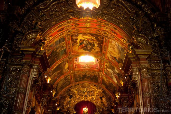 Interior da igreja do Mosteiro de São Bento