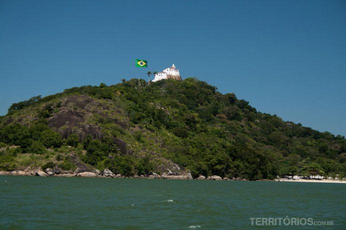 O Convento visto da Baía de Vitória