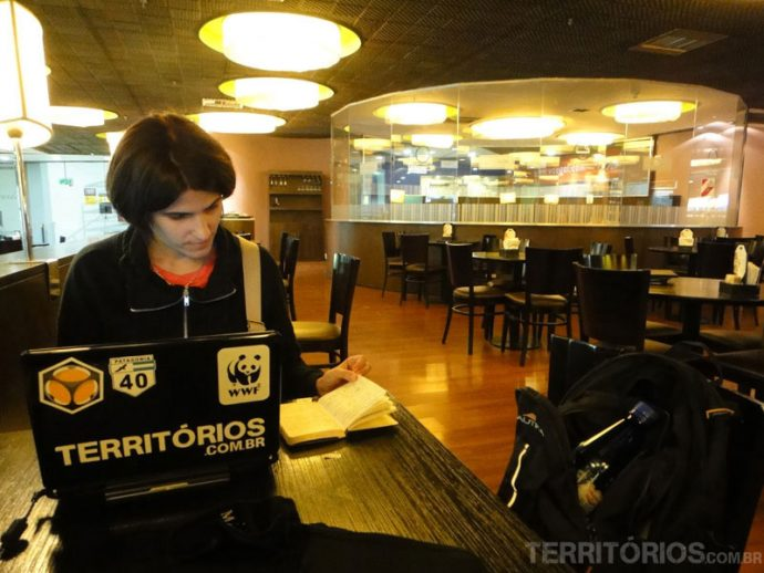 Atualizando o site no aeroporto de Buenos Aires
