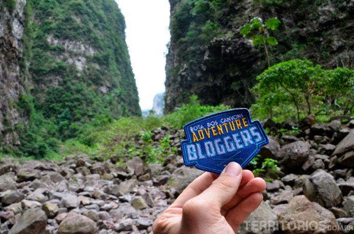 O badge Adventure Bloggers dentro do Itaimbezinho