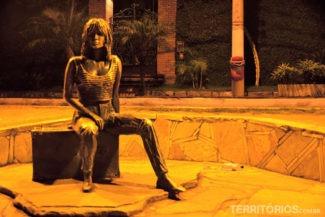 Estátua da Brigit Bardot, atriz trouxe a fama nos anos 60