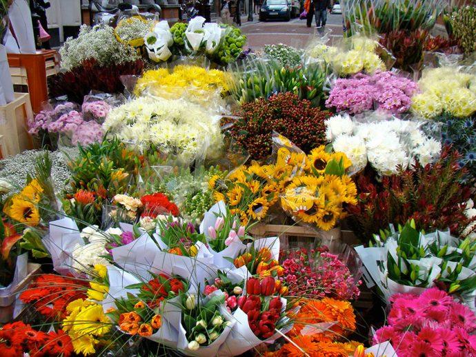 Banca de flores na rua