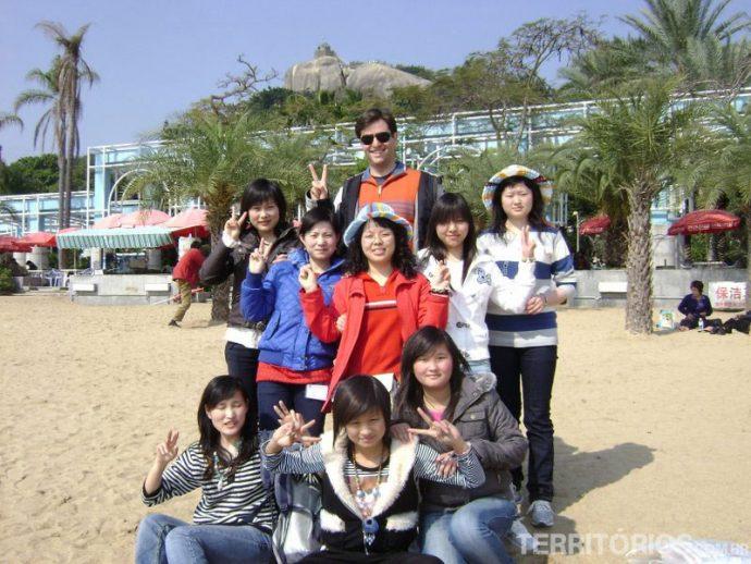 Fazendo sucesso com as turistas da Ilha dos Pianos