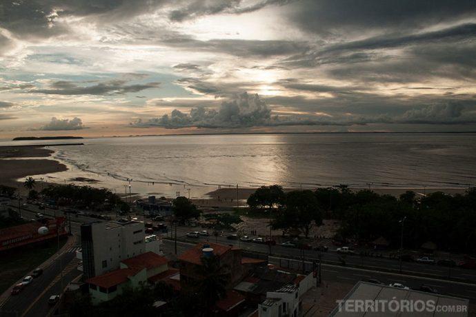 A vista do meu quarto para a praia Ponta D'Areia