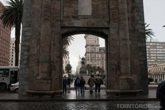 Puerta de la Ciudadela divide o centro velho do novo