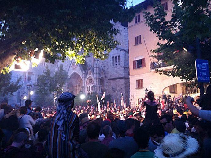 A invasão na cidade, no centro de Mallorca