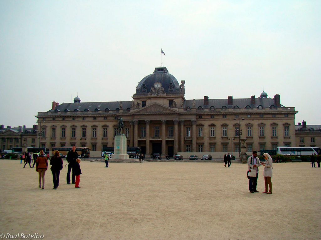 Academia Militar de Paris