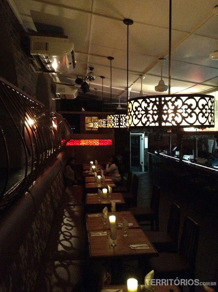 Interior do restaurante McBrides