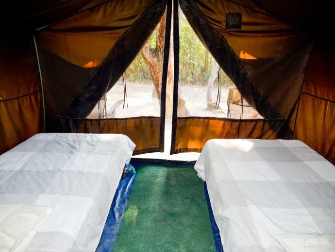 Vista de dentro da barraca para 2 pessoas