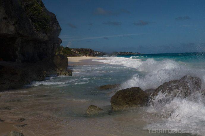 Crane Beach, em Barbados. Um dos lugares onde fica o caribe