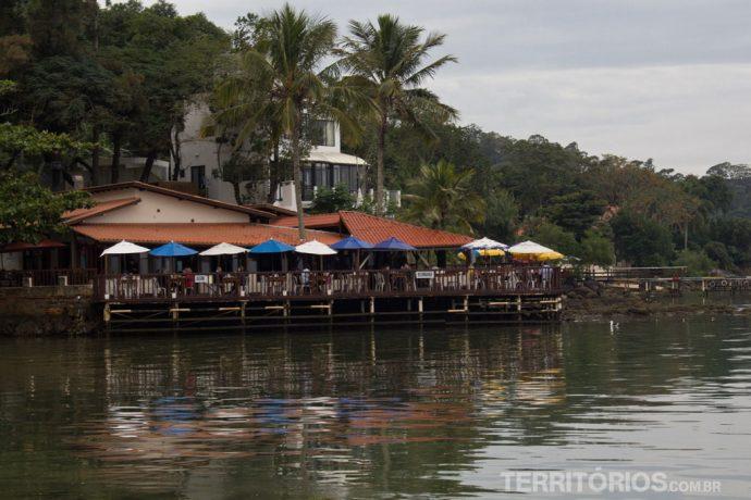 Pitangueiras fica na beira do mar