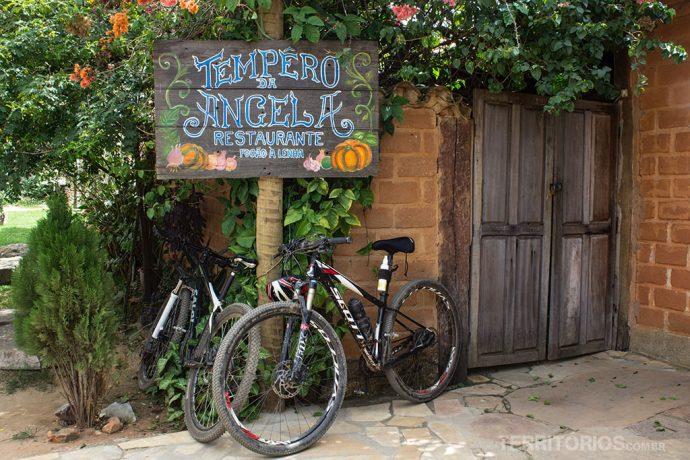 Entrada do restaurante Empório da Ângela