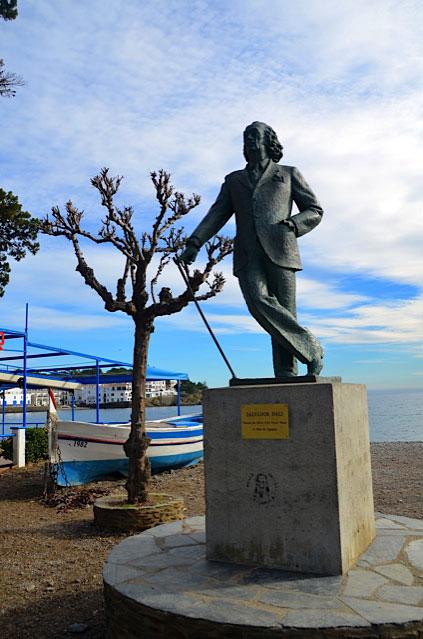 Estátua de Salvador Dalí
