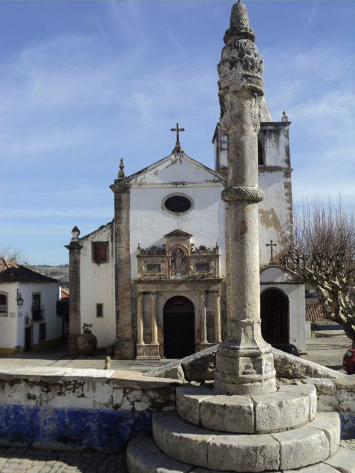Uma das igrejas de Óbidos