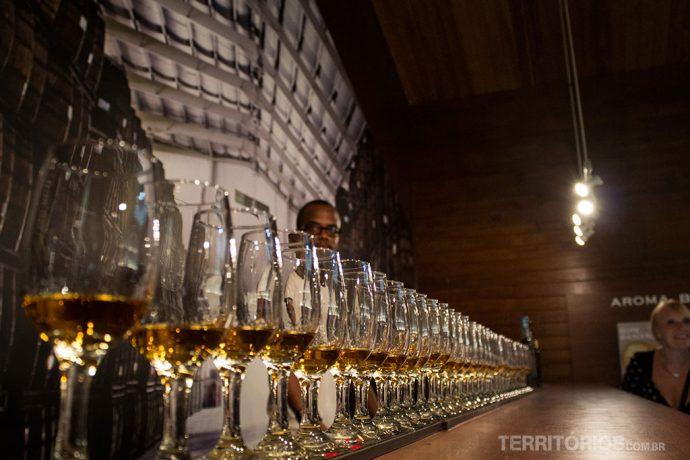 O primeiro Rum foi fabricado em Barbados tornando a bebida um bom souvenier