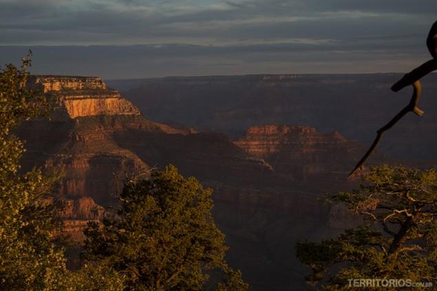 Amanhecer no Grand Canyon, Arizona