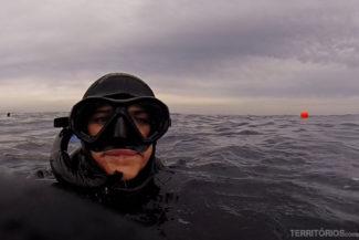 Congelando no mar de Cape Town