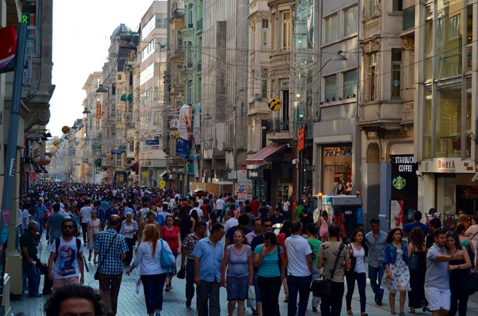 Rua Istiklal Caddesi para roteiro de compras