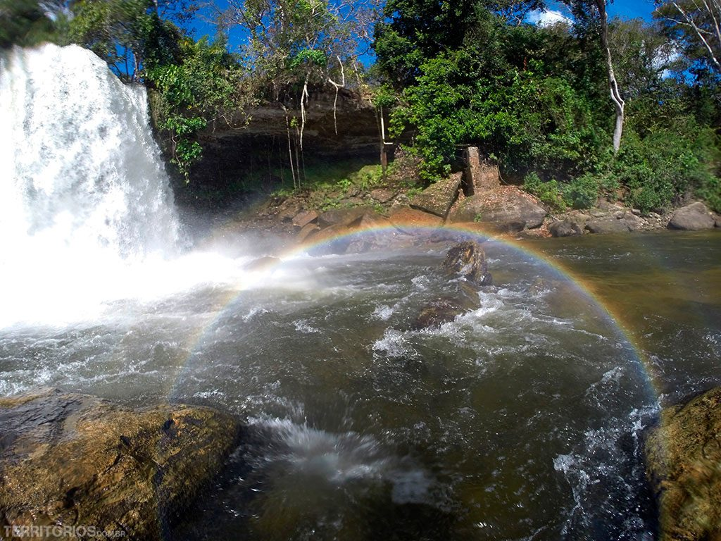 Arco íris na Cachoeira do Itapecuru