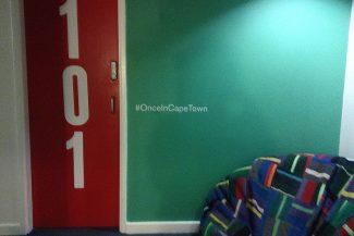 Entrada dos quartos no Once in Cape Town