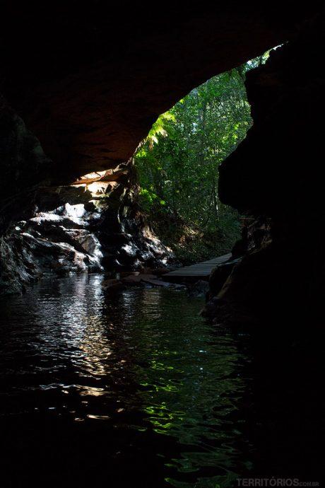 Entrada na Cachoeira da Caverna