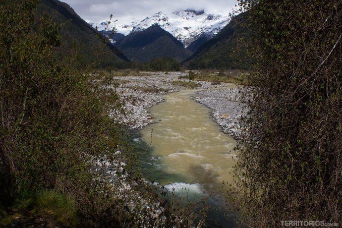 União de rios em frente ao Tronador