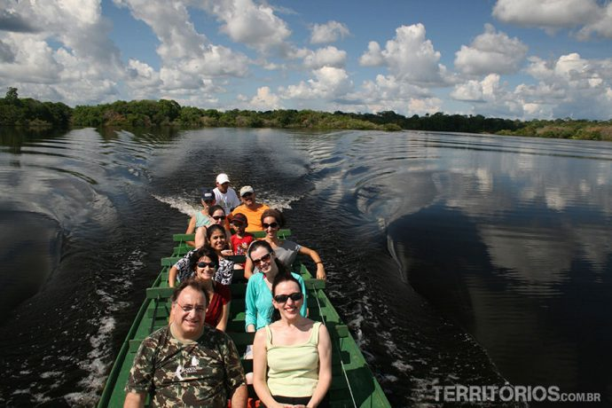 Safari em barco no Amazonas