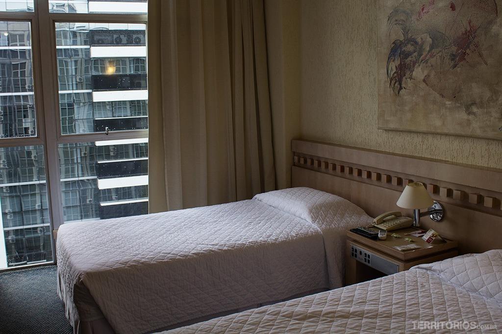San Juan Royal, hotel no centro cívico de Curitiba