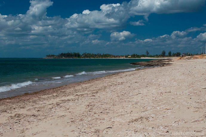 Praia Sardim