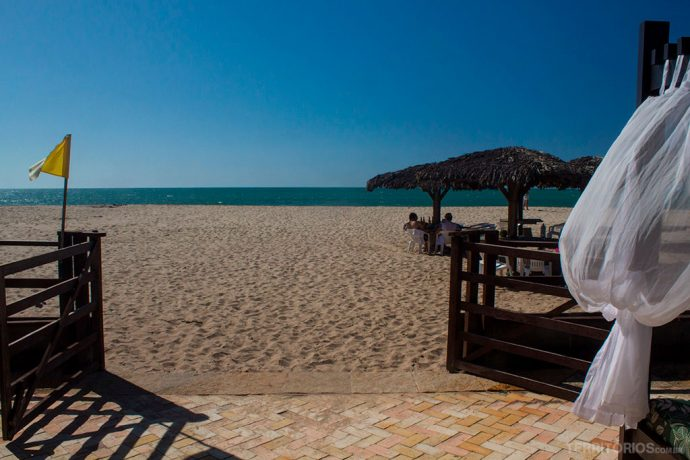 Praia de Coqueiros