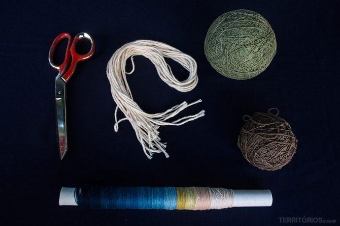 Material utilizado no curso para tingir tecido com anil