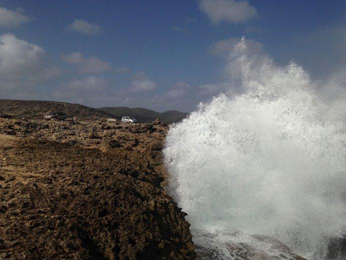 Em Boka Pistol, onde as ondas alcançam o céu