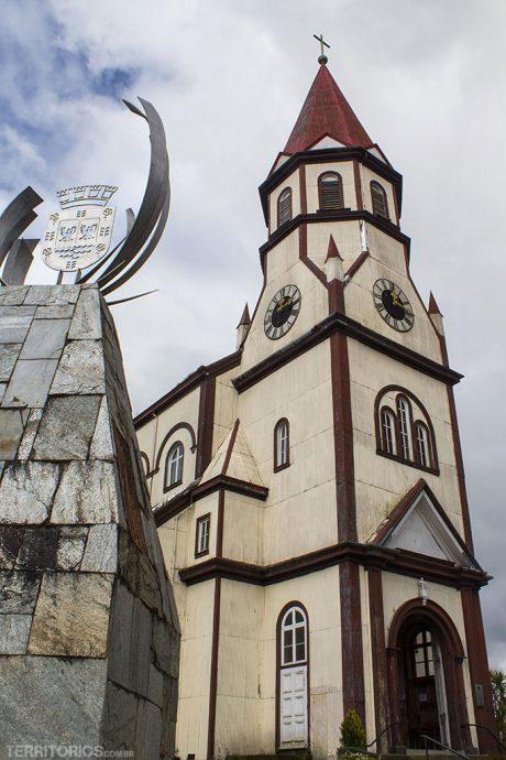 Igreja Sagrado Coração fica no ponto mais alto tem uma bela vista